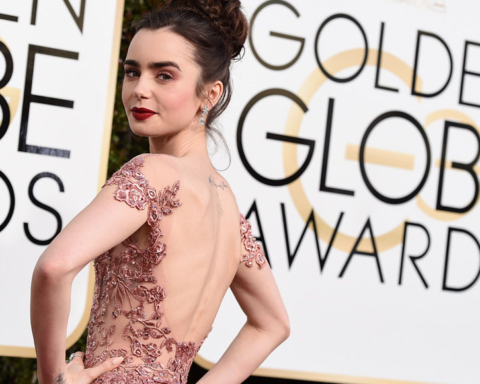 LILI COLLINS, RED CARPET, GOLDEN GLOBES 2017