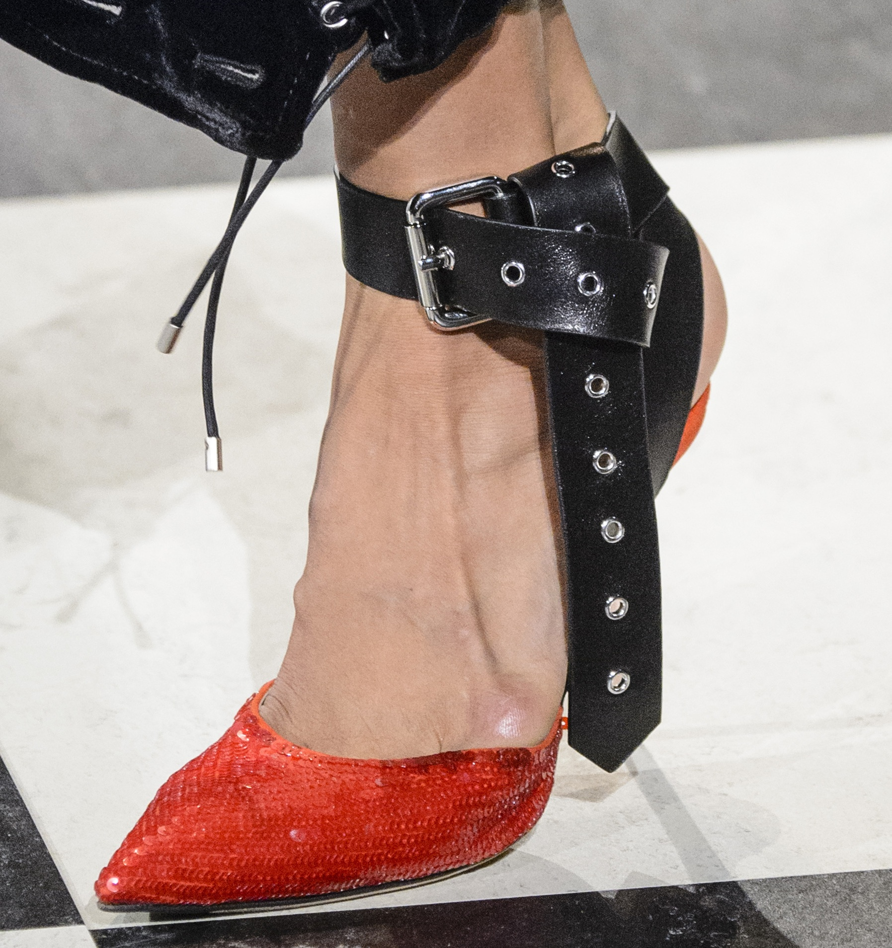 Flur-Magazine-best-shoes-fw17-monse-clp-rf17-2206