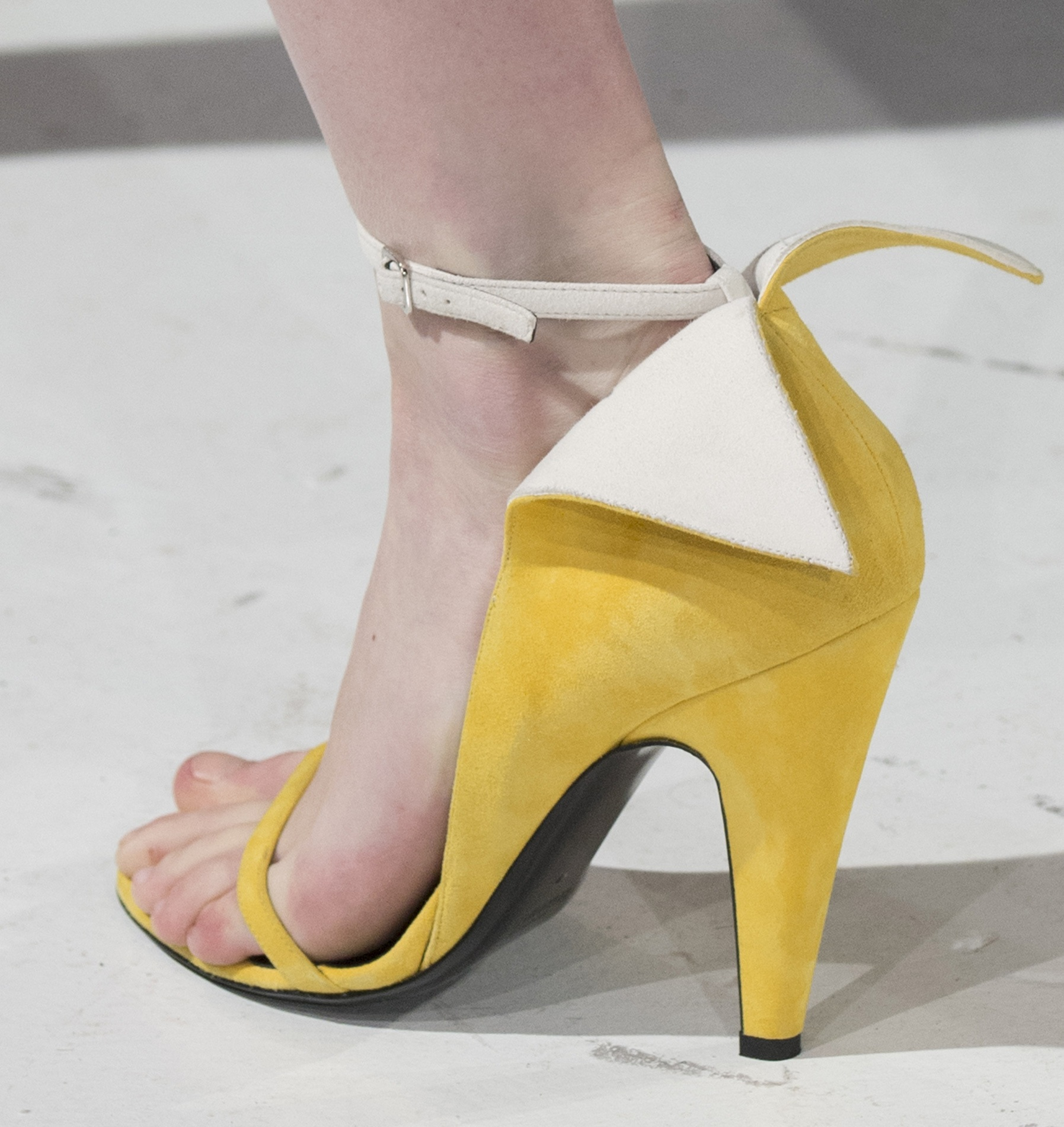 Flur-Magazine-best-shoes-fw17-Calvin-Klein-clp-RF17-0497-1