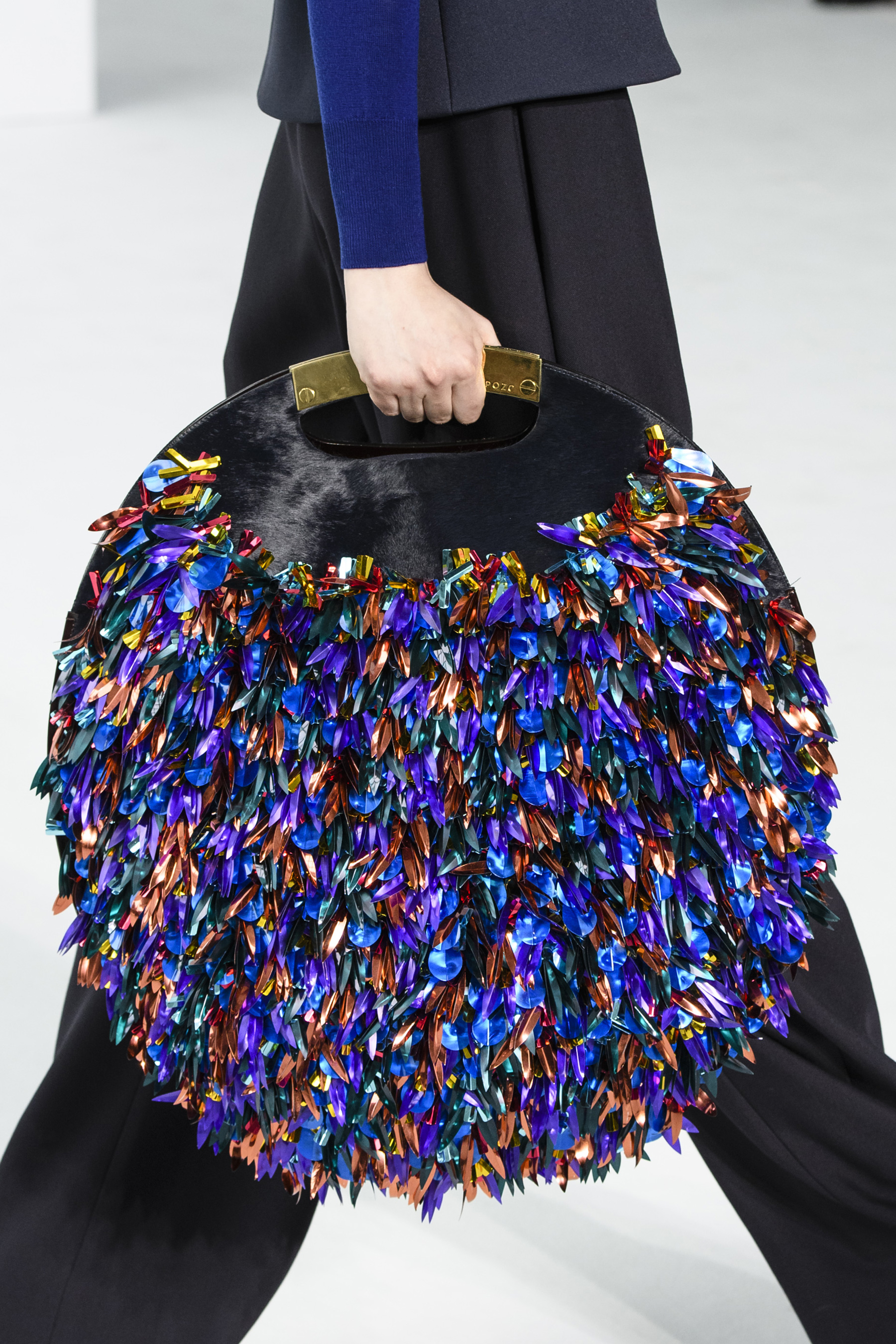 flur-magazine-best-bags-accessories-fashion-weeks-delpozo-clp-rf17-7728-1